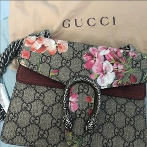 Gucci Bags - Gucci Surpreme GG Blooms Dionysus